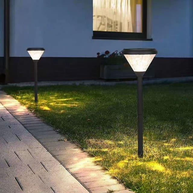 lampada-solare-da-giardino
