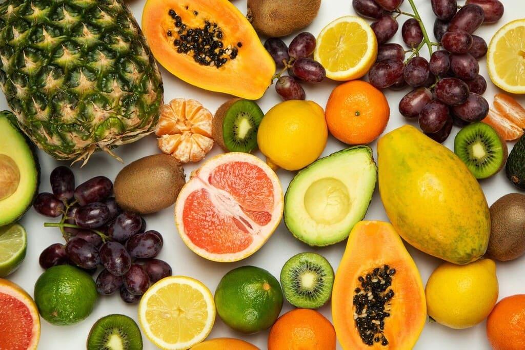 Tutti-i-tipi-di-frutta-caratteristiche-e-benefici