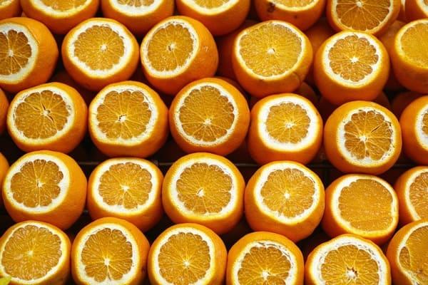 Arancia-frutta-di-stagione-di-novembre