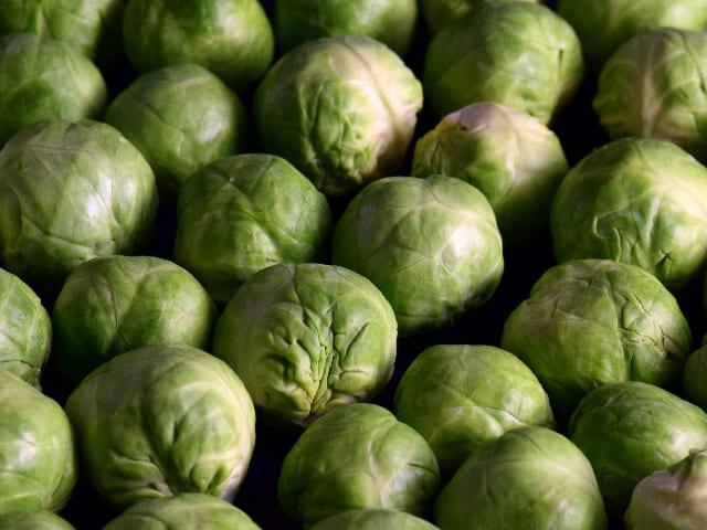 Cavolini-di-Bruxelles-verdura-di-stagione-di-novembre