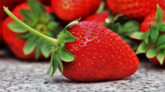 Fragole-frutta-di-luglio
