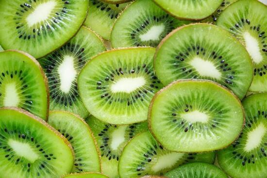 Frutta-di-stagione-di-luglio-Kiwi