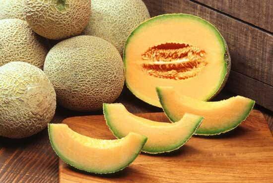 Frutta-di-stagione-di-luglio-Melone