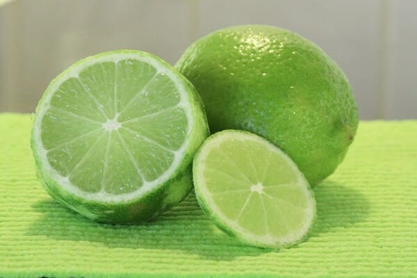 Lime-frutta-di-stagione-a-ottobre
