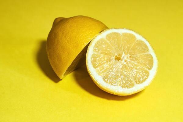 Limone-frutta-di-stagione-di-novembre