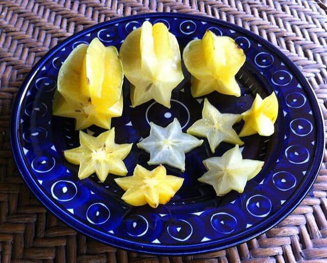 Mangia-il-frutto-intero-con-la-buccia