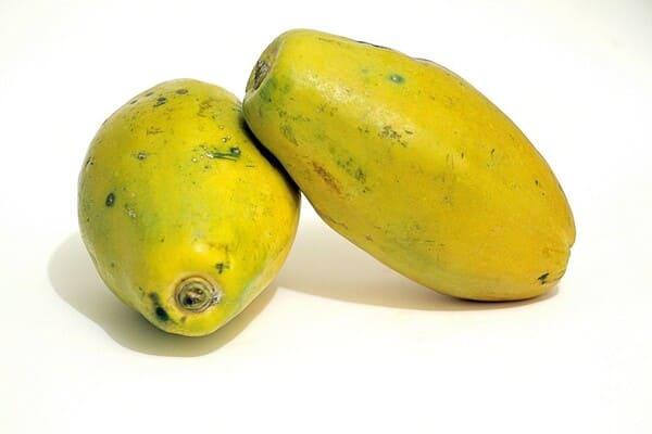 Papaya-frutta-di-stagione-a-ottobre