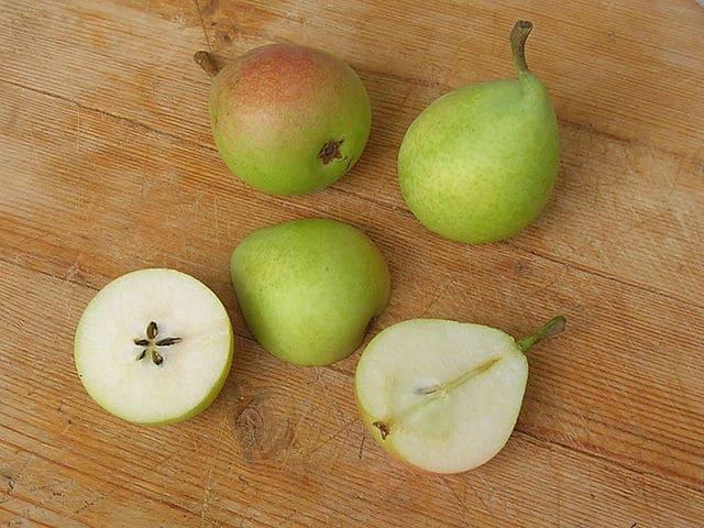Pera-frutta-di-stagione-febbraio