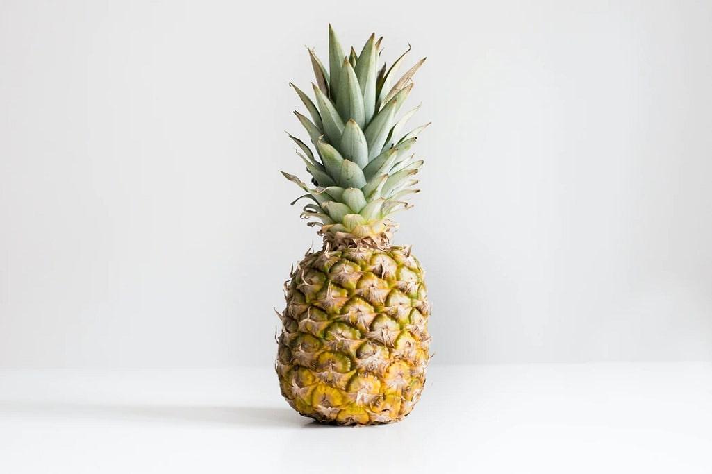 ananas-frutta-di-stagione-gennaio